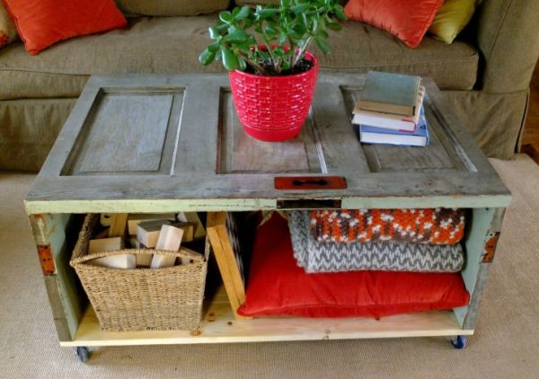 Recycled Door Table & Salvaging from scrap: Recycled Door Coffee Table that costs just ... pezcame.com