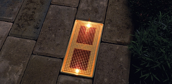 Illuminate Your Walk Lights Powered By The Sun Ecofriend