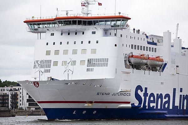 Stena Jutlandica: World's first passenger ferry with onboard wind