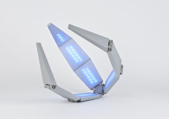 shape-changing-solar-powered-lamp_4