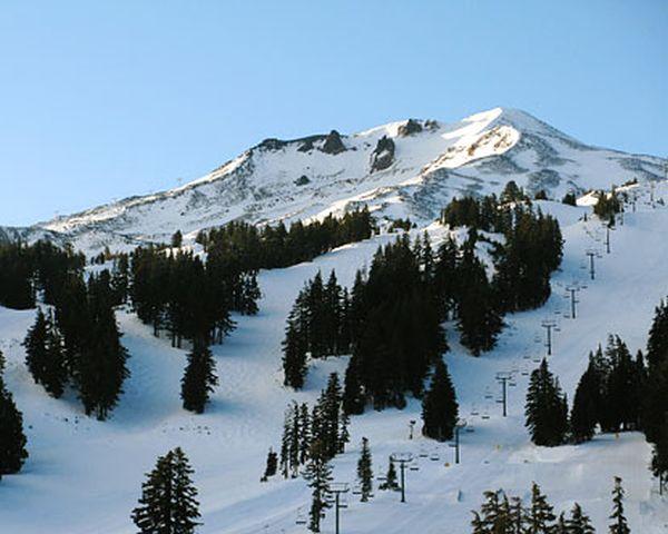 mt-bachelor-ski-area