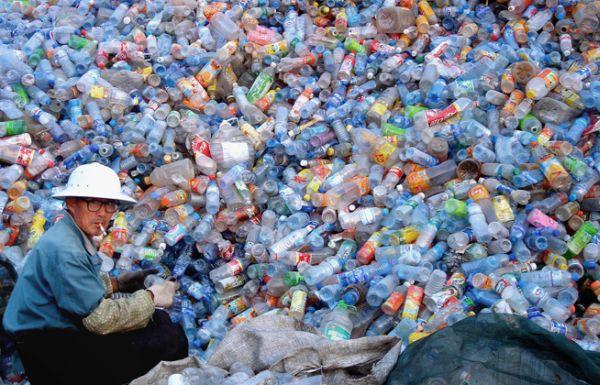 recycling_plastic_bottles_q_48834