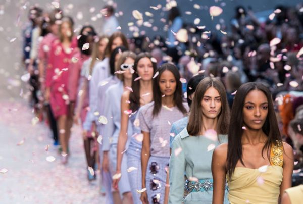 The-Top-5-Trends-Hitting-The-Spring-Summer-2014-Catwalks-At-London-Fashion-Week-1