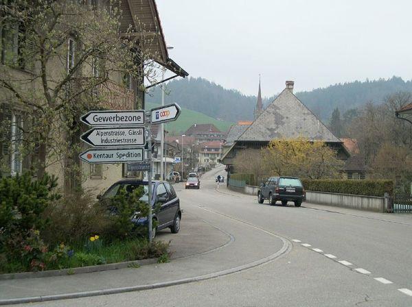 800px-Lützelflüh-Goldbach3