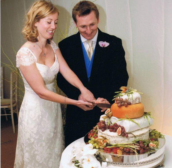 Marks wedding cake