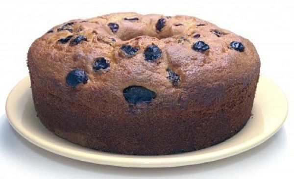 4002449-homemade-cake-covered-with-nuts-and-raisins