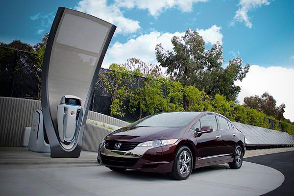 0201-hydrogen-fuel-cell-car_full_600