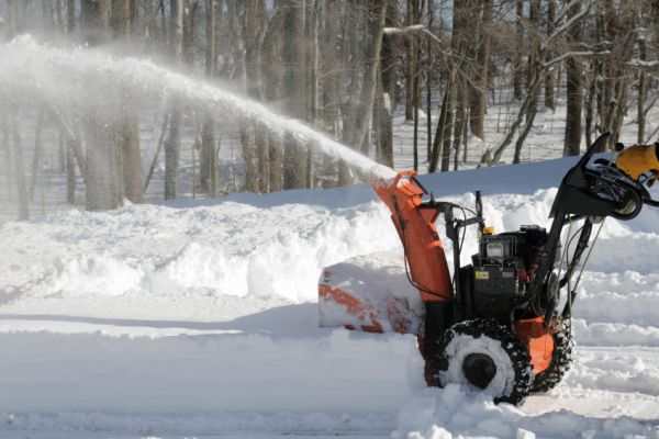 How To De Ice The Driveway In An Environment Friendly