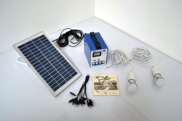 TruPower-Portable-Solar-Power-Camping-Kit4