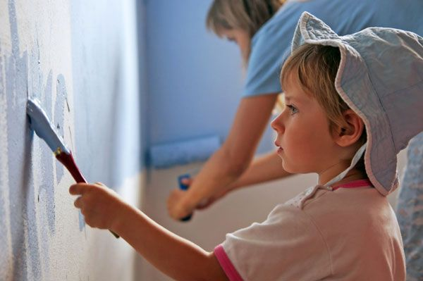 girl-and-mom-painting-room