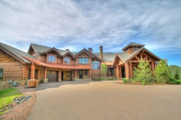 995 Longbow Place