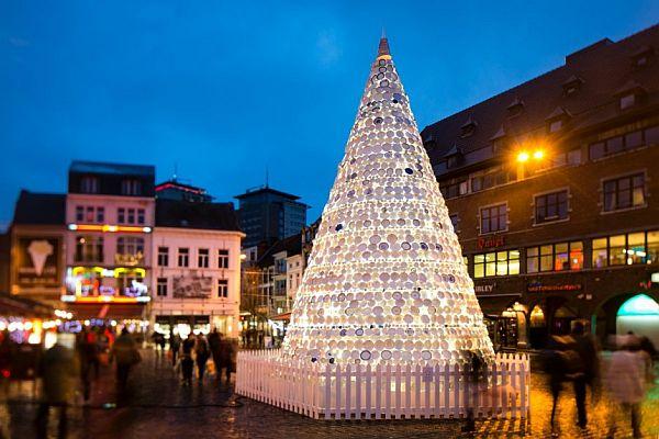 IngeVanluyd and Stefan Vanbergen   Ceramic Christmas tree