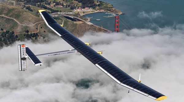 plane powered solely by solar energy