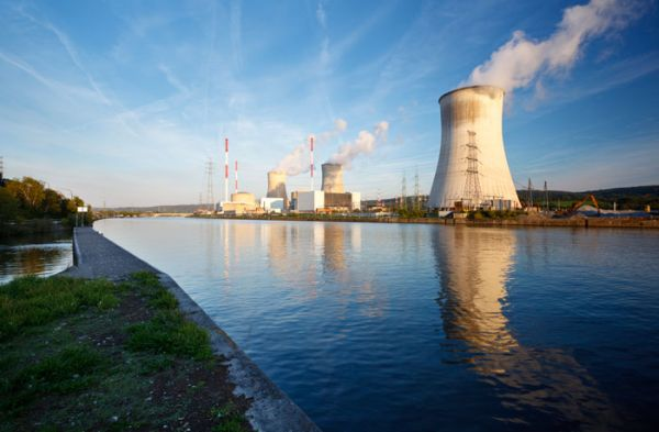 Nuclear energy power plants and water usage