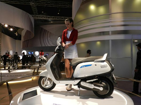 TVS Qube Electric Bike
