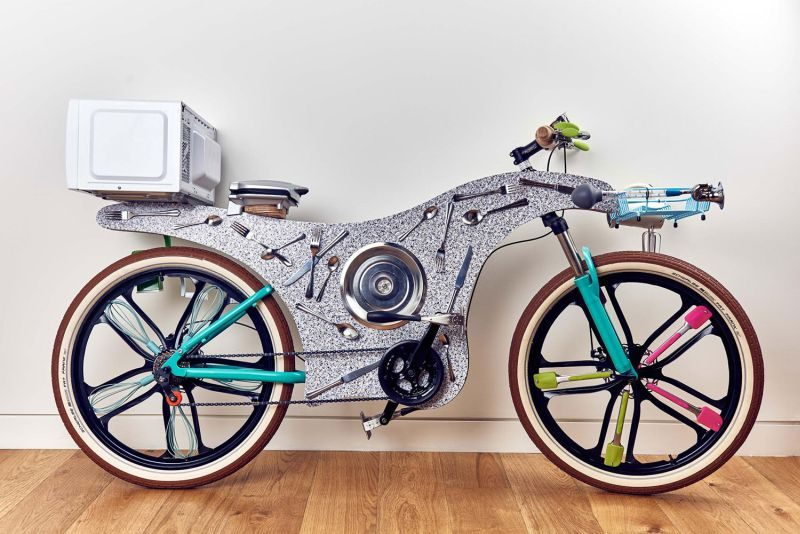 Deliveroo  Up-cycled bikes