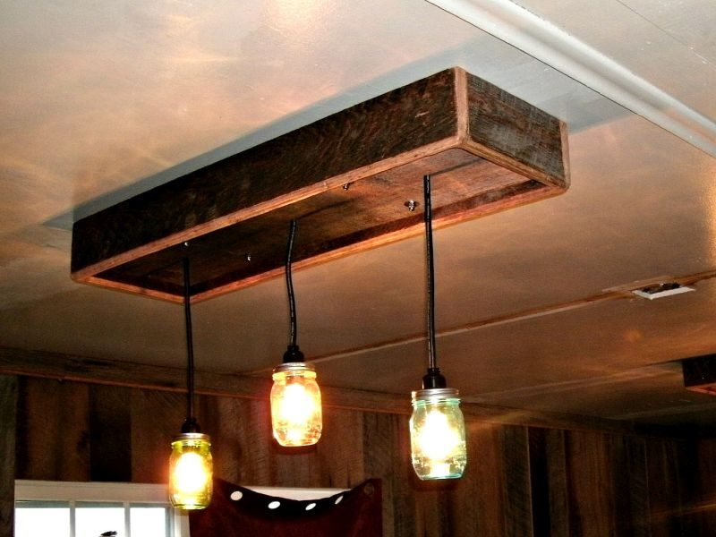 Lighting-fixture-with-old-jars