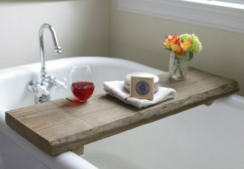 reclaimed wood DIY Bathtub tray