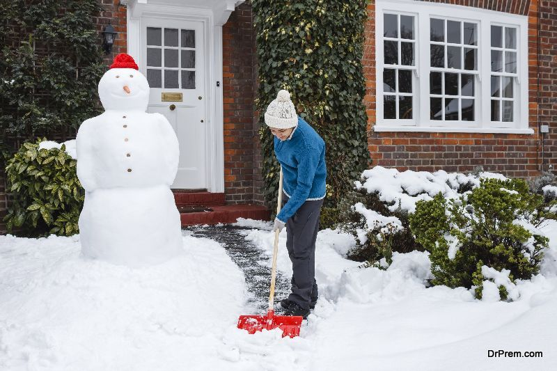 removing-snow