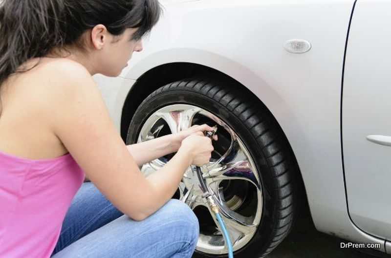 Check-the-Tire-Pressure