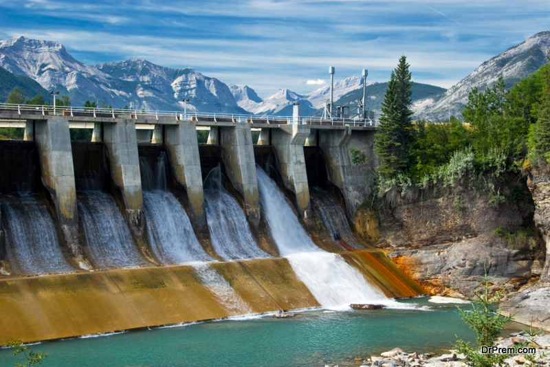 Large hydroelectric dam