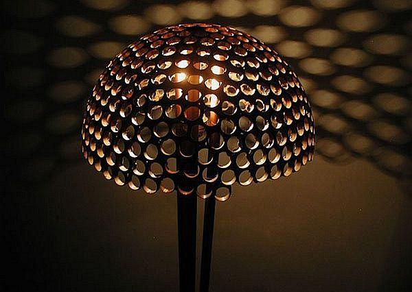 Honeycomb-inspired lamp