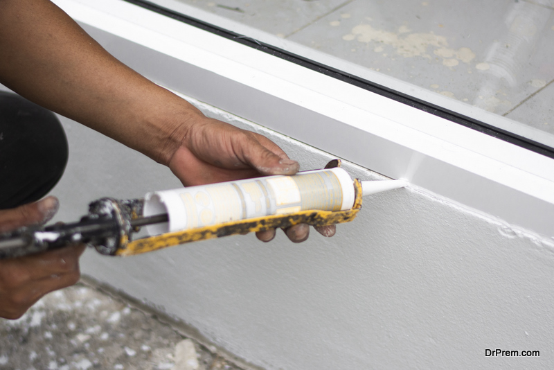 Seal-up-gaps-in-your-home