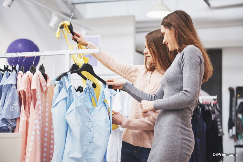 women-buying-clothes